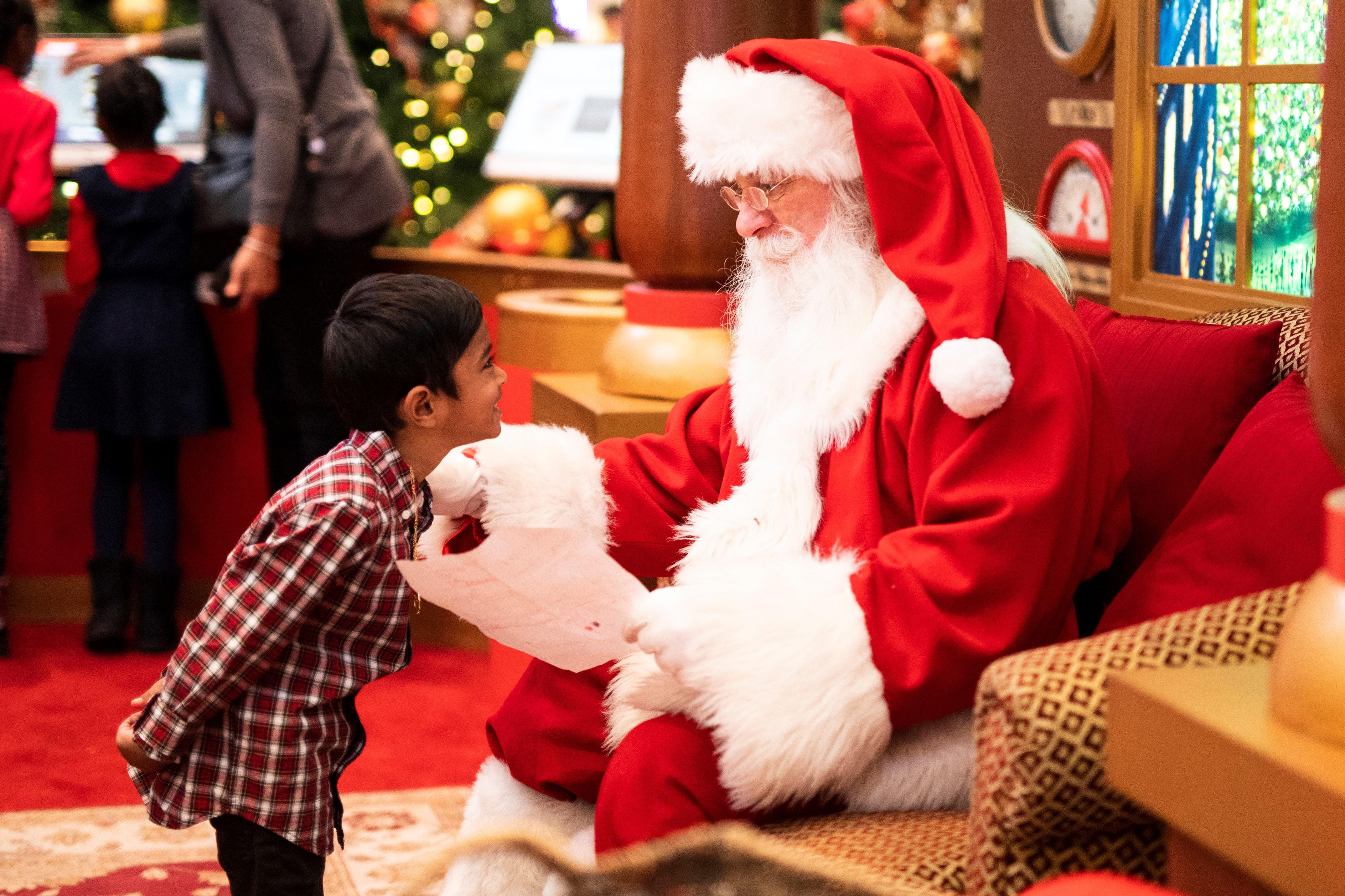 クリスマス サンタクロースとは